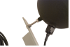 Détail de la fixation du Globe noir sur son bras de montage